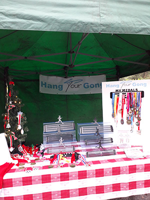 Hang Your Gong Christmas 2020